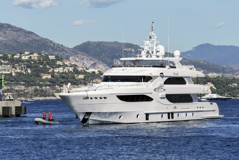 Majesty 135 Port Hercules Monaco (2)