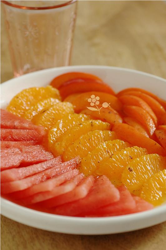 Salade fraîcheur pastèque, abricot, orange, sirop orange-gingembre-vanille