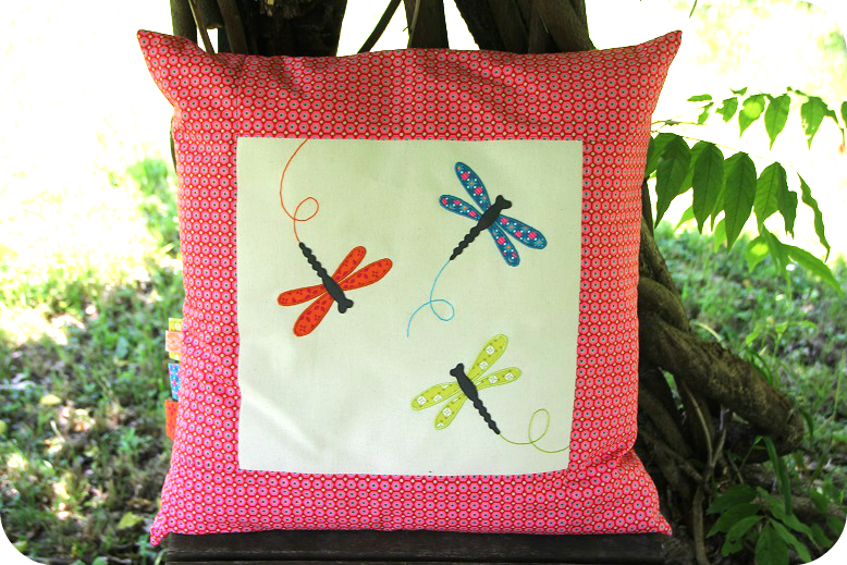 coussin libellules1
