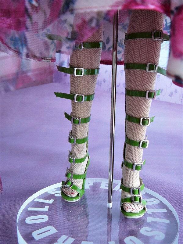 11 Les chaussures à lanières