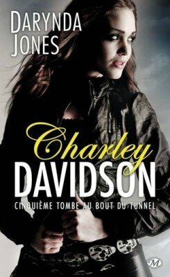 charley-davidson,-tome-5---cinquieme-tombe-au-bout-du-tunnel-351006-250-400