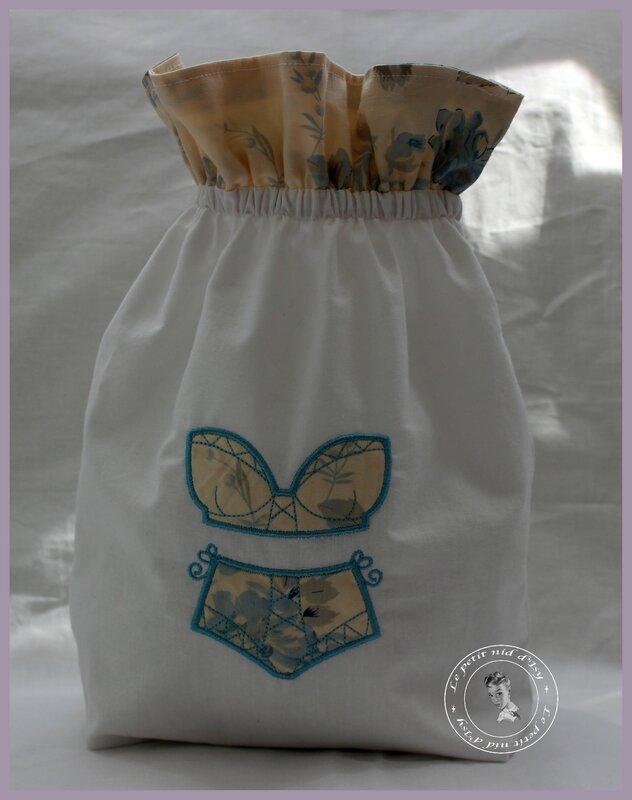 pochon corset bleu