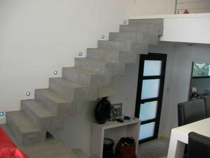 escalier b ton cir gris novembre 2009 betons cires. Black Bedroom Furniture Sets. Home Design Ideas