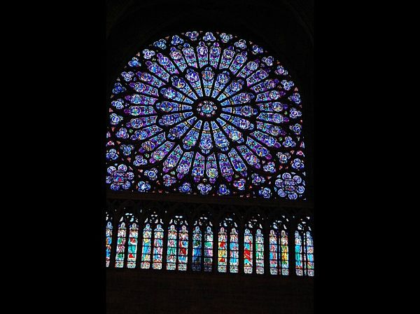 Cath-drale-Notre-Dame-de-Paris-vitraux
