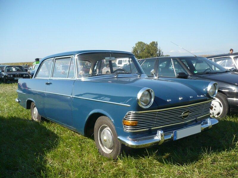 OPEL Rekord P2 berline 2 portes Lipsheim (1)