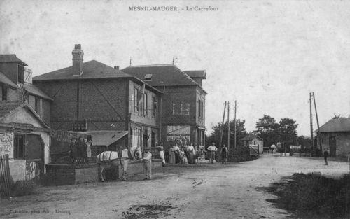 Le Mesnil-Mauger - la place