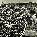 Moment captured: michael jackson sur le toit d'un magasin de memphis le 23 mars 1977.