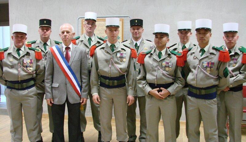 web-le maire et le régiment étranger d'infanterie