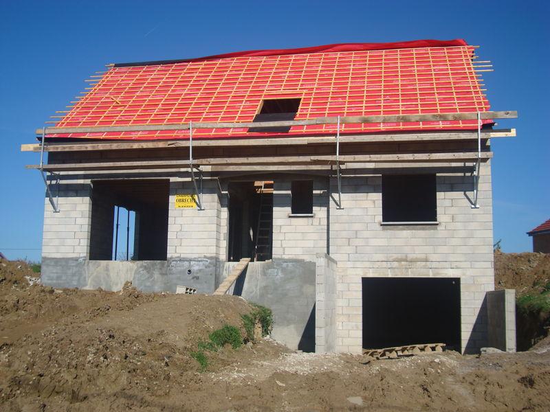 Sous toiture 14 octobre 2011 notre construction de maison for Budget construction maison par poste