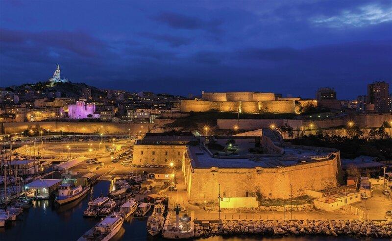 P1050655 fort-ganteaume-nuit-vieux-port