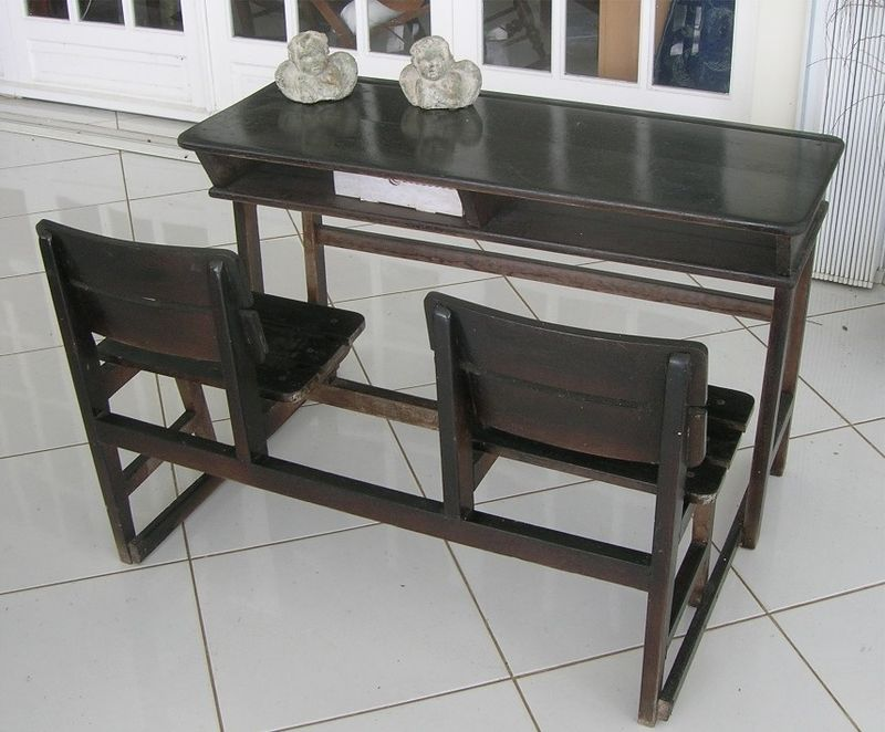 vends ancien bureau colier tout vendre dans ma maison. Black Bedroom Furniture Sets. Home Design Ideas