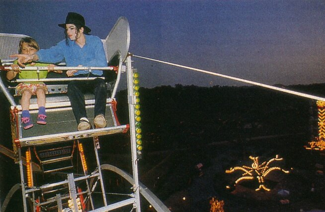 Neverland-shoot-michael-jackson-13778661-654-427