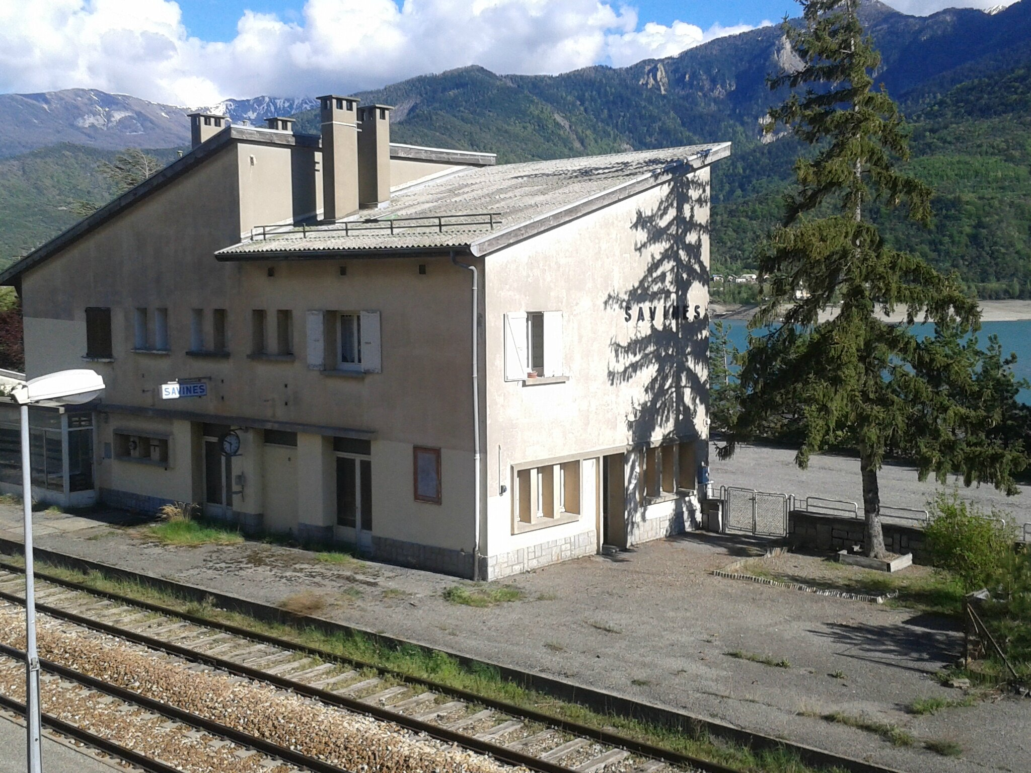 Savines-Le-Lac (Hautes-Alpes - 05) 1