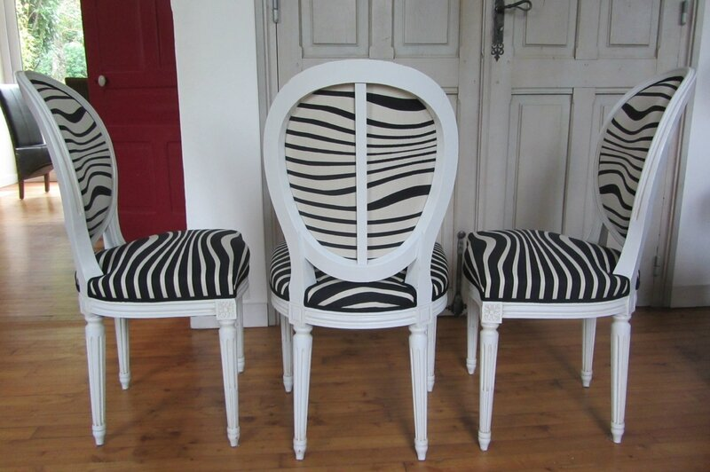 jean paul gaultier cr e l 39 illusion c t si ges tapissier brest restauration ameublement. Black Bedroom Furniture Sets. Home Design Ideas
