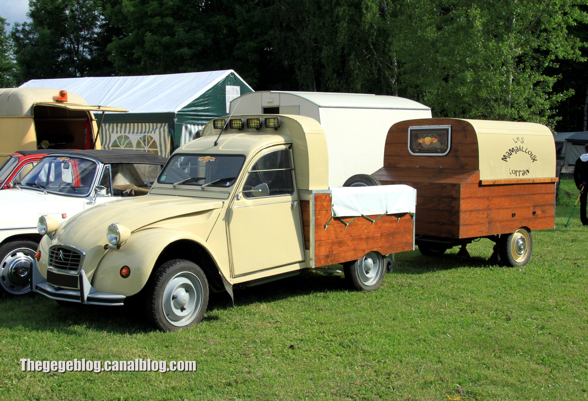 citroen 2cv pick up retro meus auto madine 2012 the g g blog. Black Bedroom Furniture Sets. Home Design Ideas