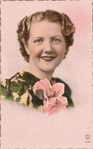 Portrait femme 1950 vintage