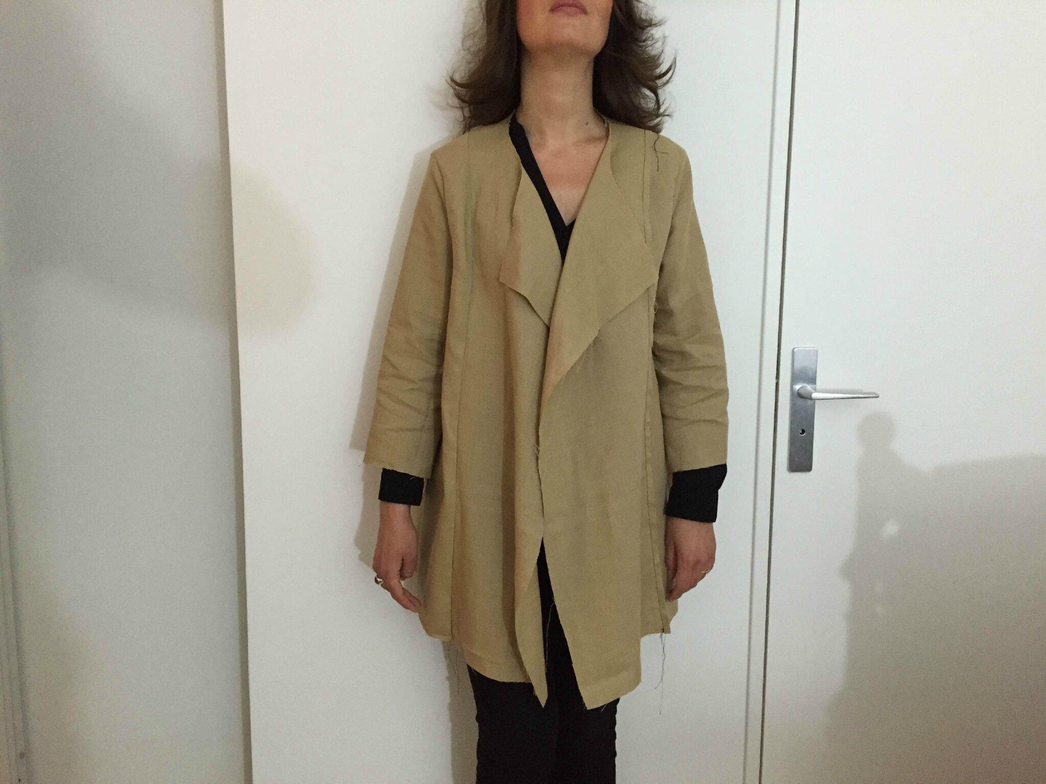 Brenna coat toile2