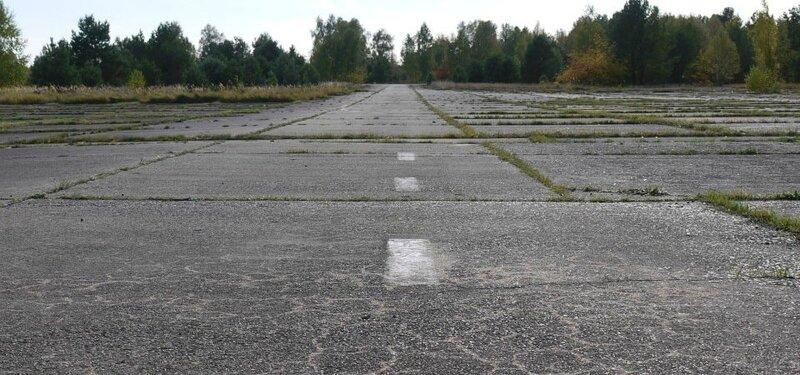 aéroport-presque-abandonné-960x450