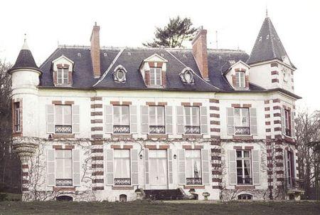 chateau_de_la_geneste_chateaufort