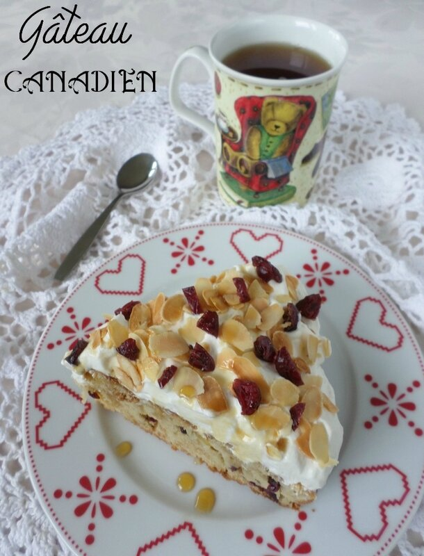 gateau-canadien-pomme-cranberries