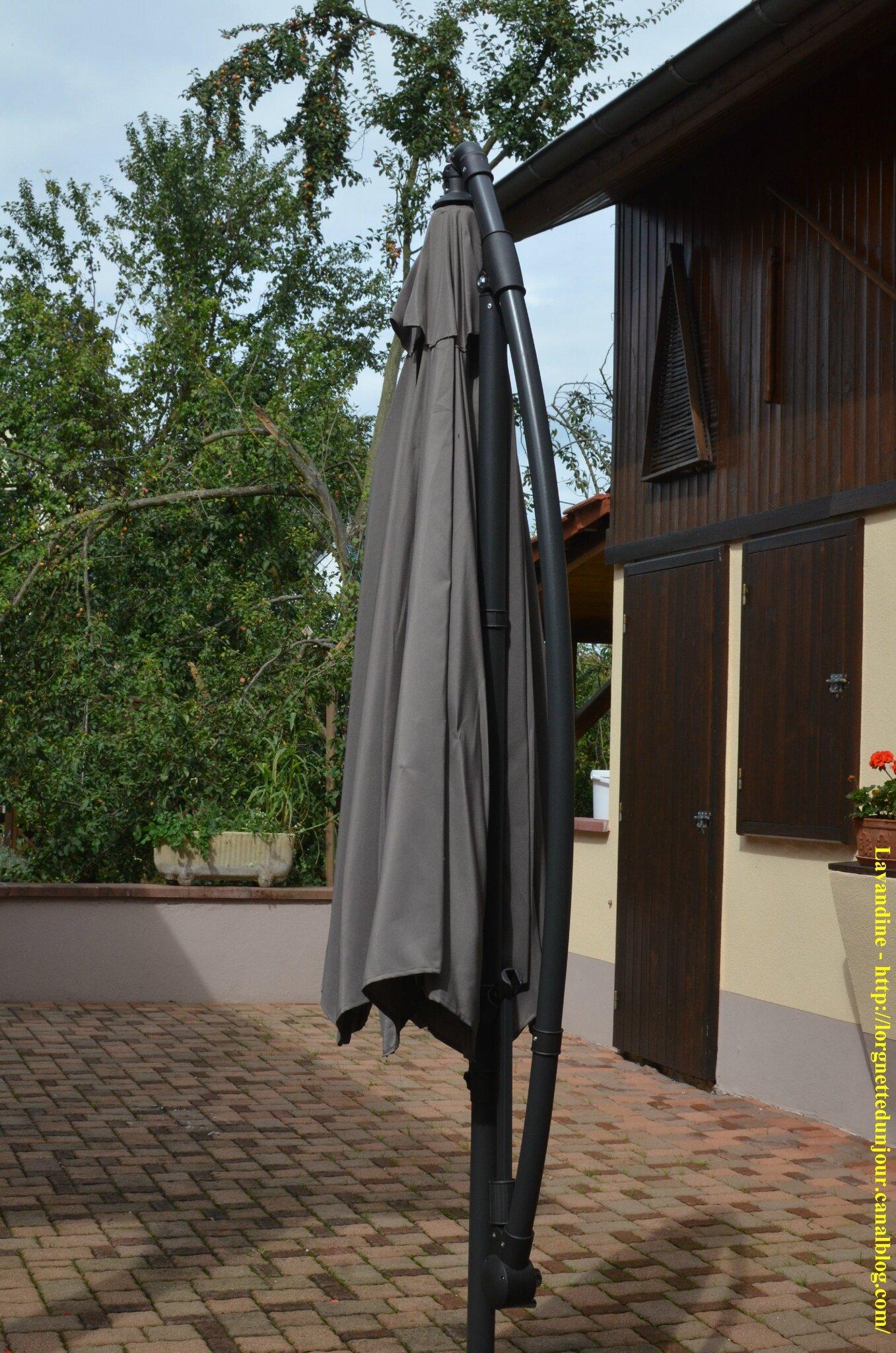05/10/14 : Un parasol venu de loin