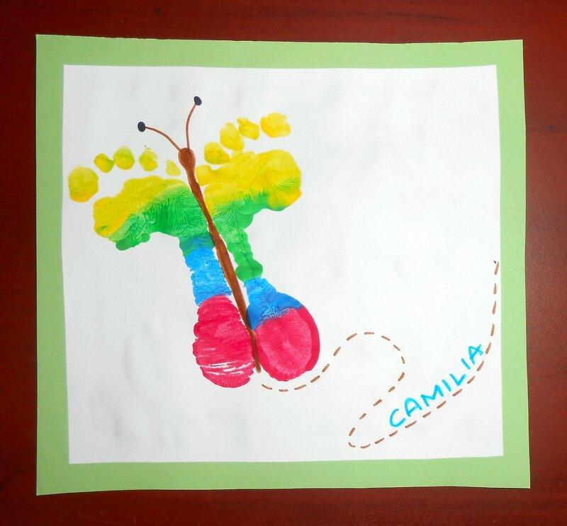 papillon-empreinte-pieds-bébé-enfants-activité-manuelle-peinture-facile-printemps-couleurs-cadeau-fete (3)