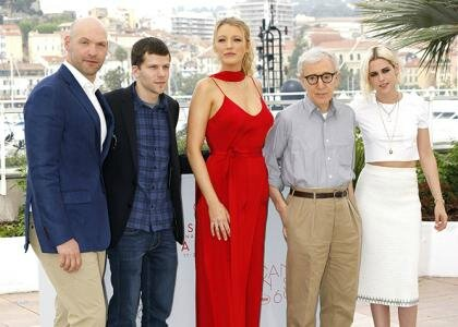 cafe-society-pc-cannes-051116sp