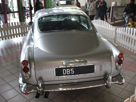 AstonMartinDB5ar