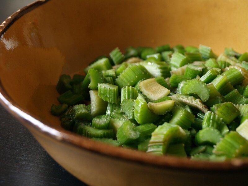 Salade de c leri branche la japonaise sainbiosis - Cuisiner le celeri branche ...