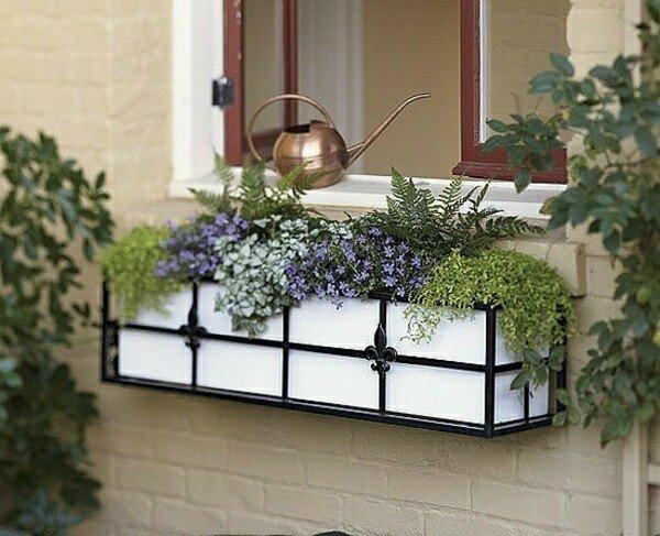 été-cru-fenêtre-idées-de-décoration-Lily-Fleur-Été