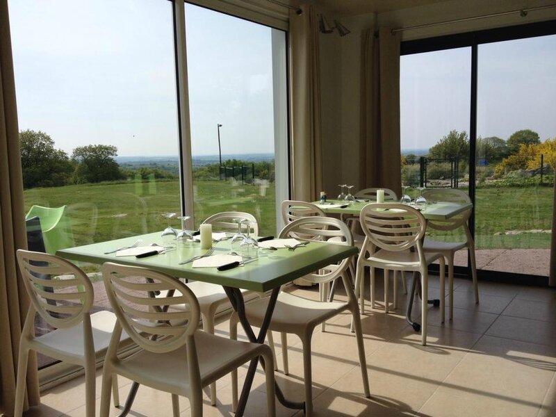Le golf des alouettes aux herbiers ferme le restaurant et - Restaurant le jardin du lavoir aux herbiers ...