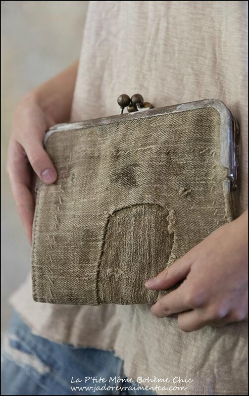 Specialty Bag 006-Plantation clutch Purse Antique linen Kiss locks