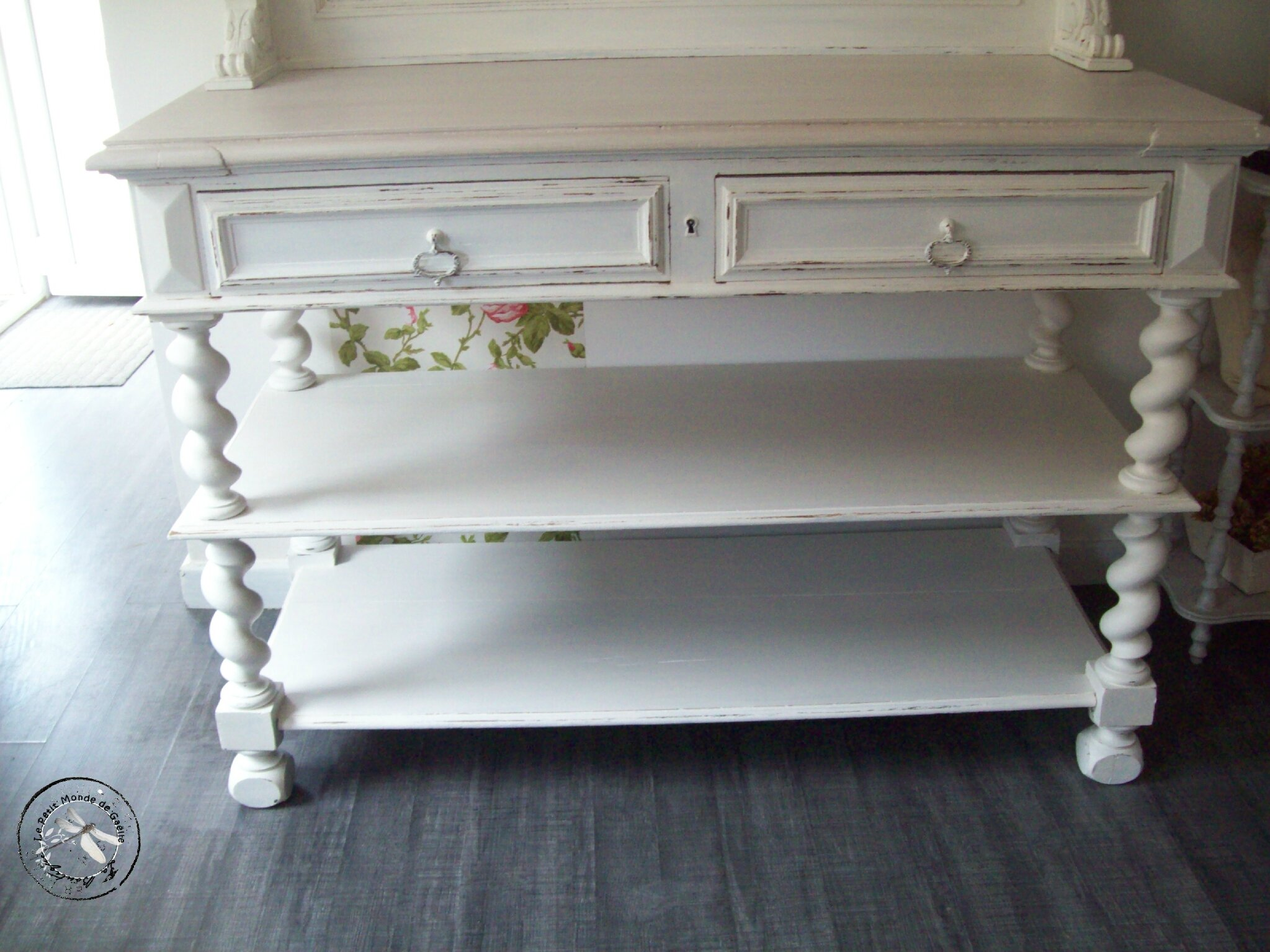 buffet console saint hubert patine shabby la boutique. Black Bedroom Furniture Sets. Home Design Ideas