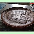 Gâteau magique au chocolat au lait au caramel