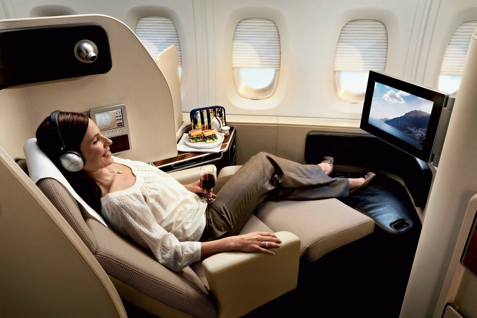 L int rieur de l a380 vu par marc newson ohlalair for Interieur avion