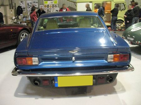 AstonMartinV8Vantagear