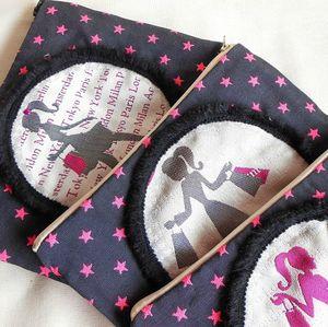 Clocréations-pochette femme voyage étoiles roses12