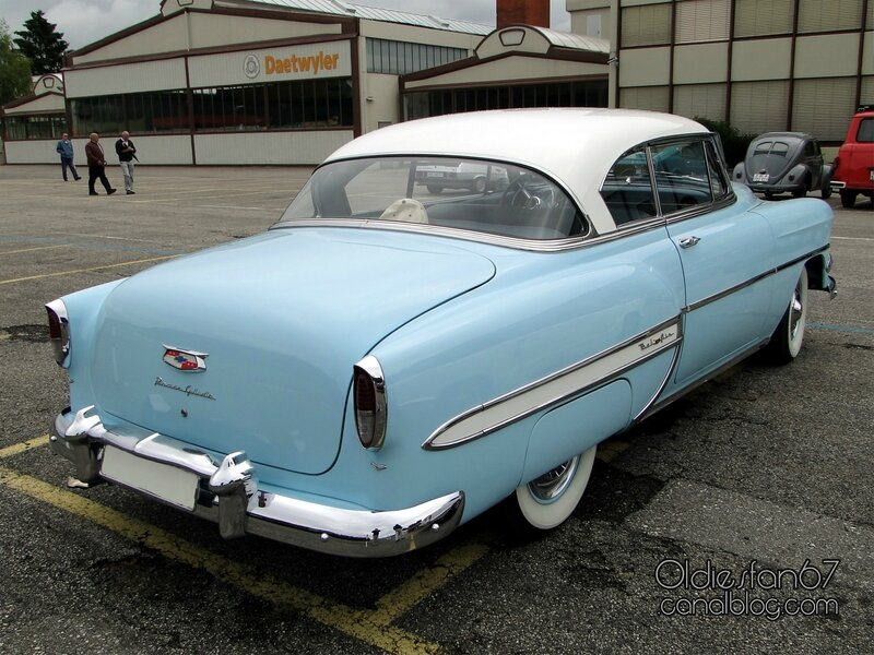 chevrolet-bel-air-coupe-1954-02
