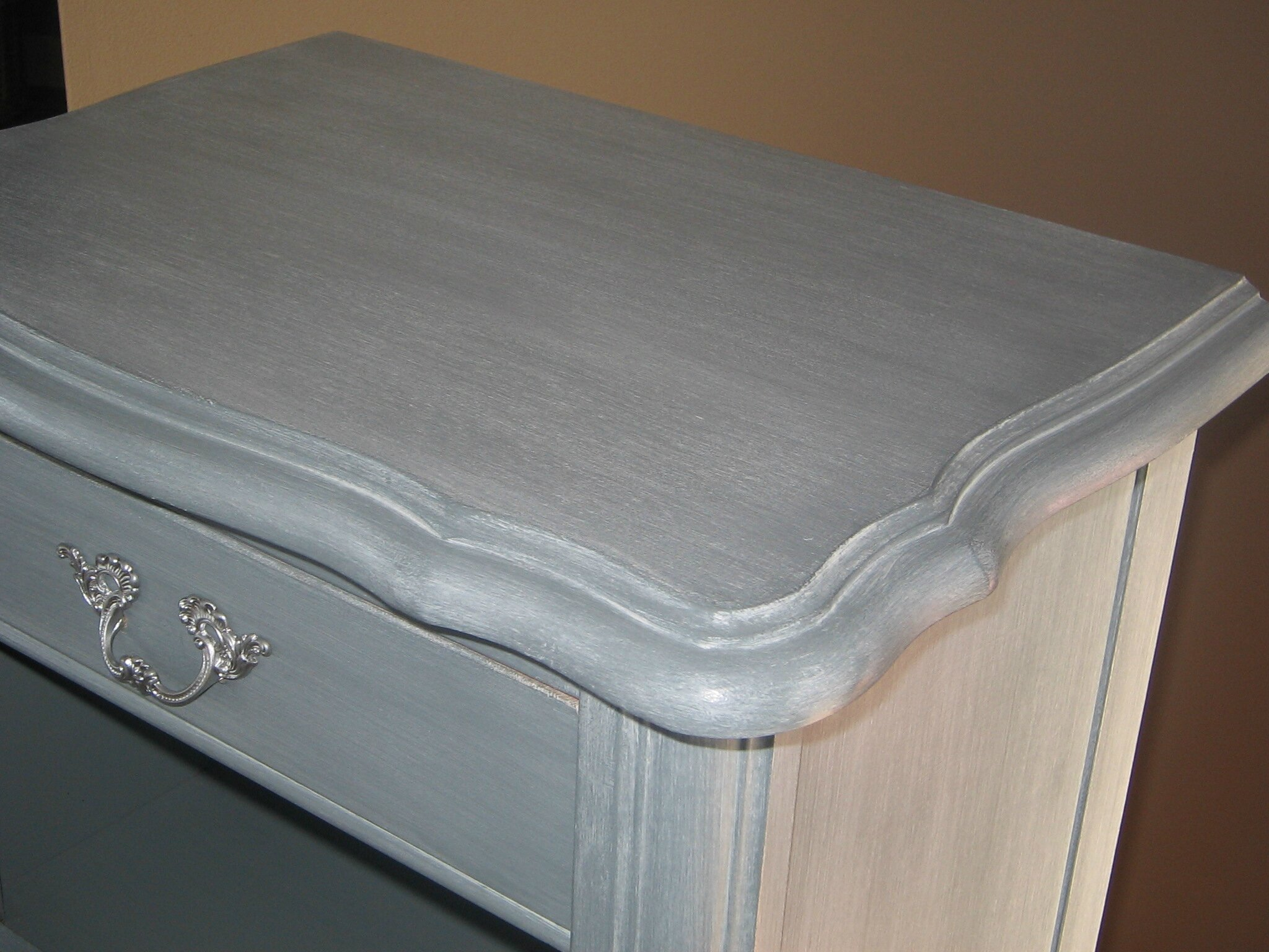 Chevet shabby chic relooking de meubles nadr nov - Table de chevet argente ...