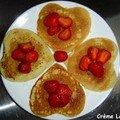 Crêpes aux fraises et à l'eau de rose