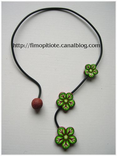 Collier rigide