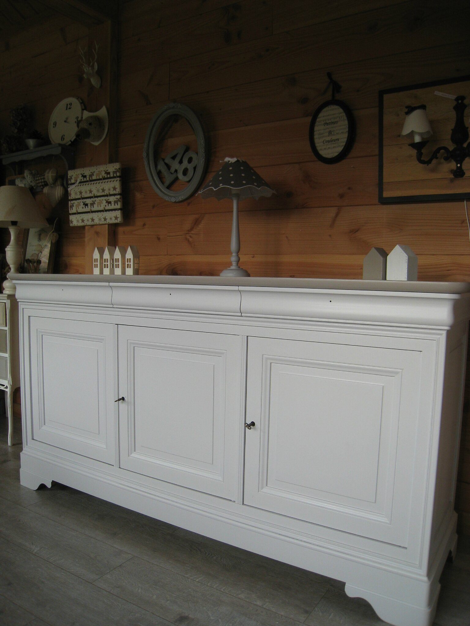 Buffet louis philippe relook patines couleurs - Relooker un meuble en chene ...