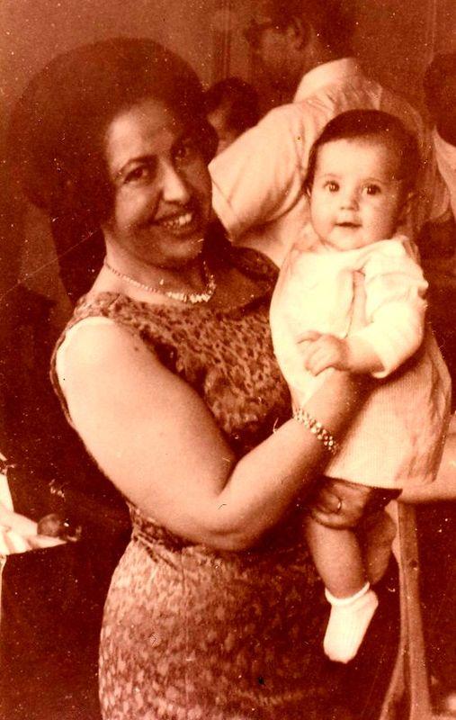 bébé, avec ma grande tante Constance