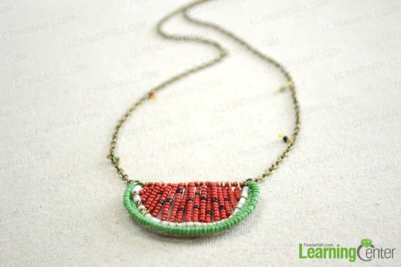 Seed-Bead-Necklace-Tutorial-–-How-to-Make-a-Seed-Bead-Necklace-finished