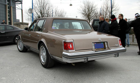 Cadillac_seville_4door_sedan_de_1978__23_me_Salon_Champenois_du_v_hicule_de_collection__02