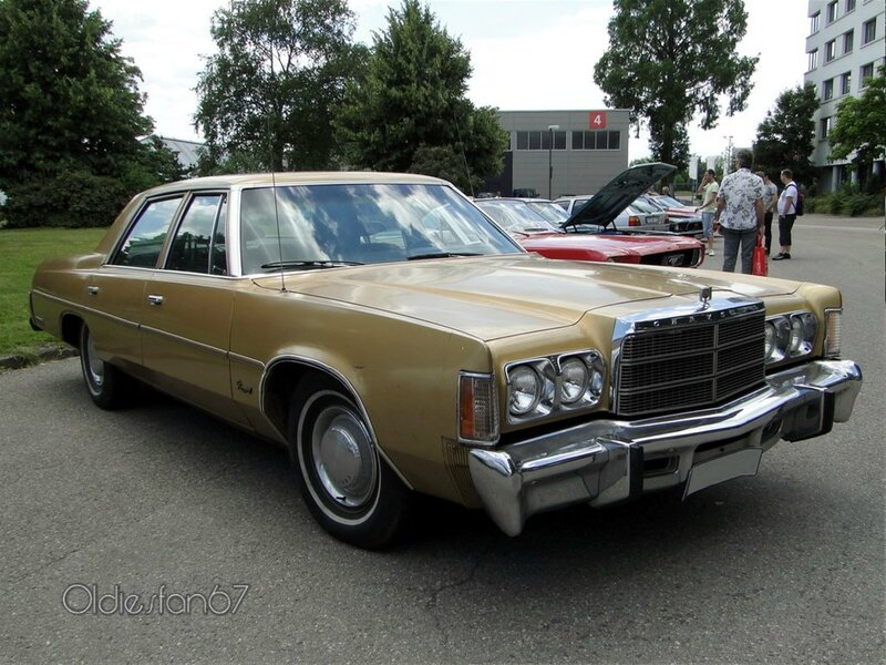 chrysler newport 4door sedan 1977 a