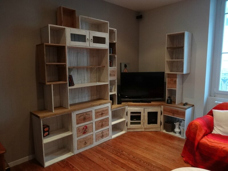 biblioth que r cup palette et caisse vin album photos touthanr kup. Black Bedroom Furniture Sets. Home Design Ideas
