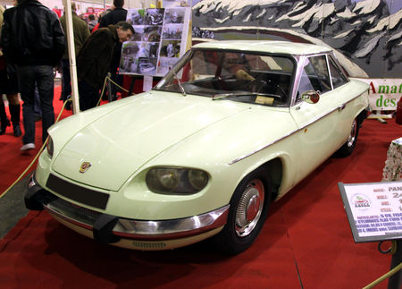 Panhard_24C_de_1964__23_me_Salon_Champenois_du_v_hicule_de_collection__01