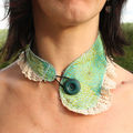 collier col vert 1