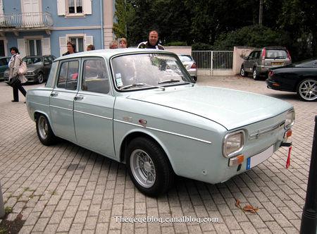 Renault_10_major_1100_de_1967__Tako_Folies_Cernay_2011__01